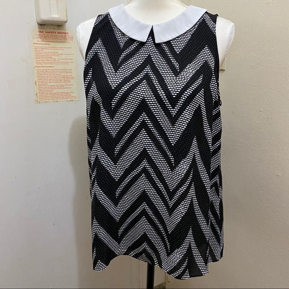 🔴CLEARANCE🔴Vince Camuto Blouse